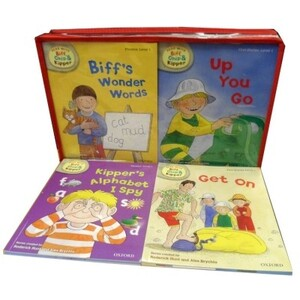 Phonics and First Stories: Read with Biff, Chip and Kipper Levels 1-3 - 33 Books (Oxford Reading Tree)